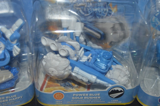 Skylanders Light It Up Blue Superchargers (6)