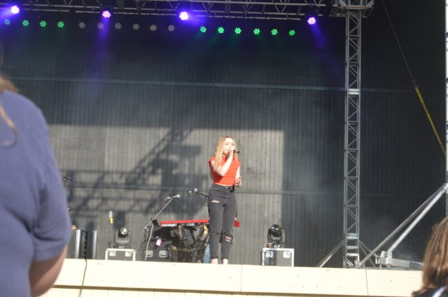 Kings Dominion Sabrina Carpenter (1)